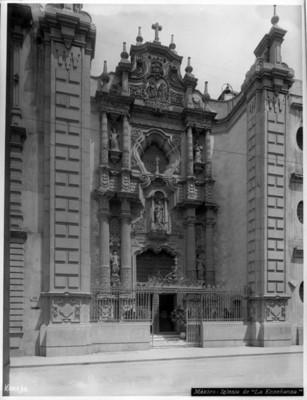 """Iglesia de la Enseñanza"", portada principal"