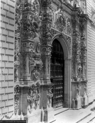 "Portada del ""Convento de Tepotzotlan"""