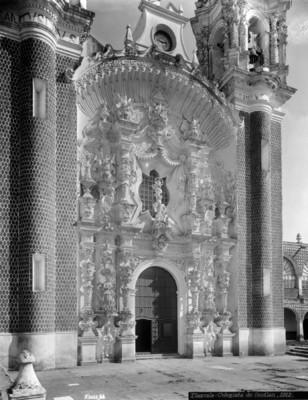 """""""Colegiata de Ocotlán"""", portada principal"""