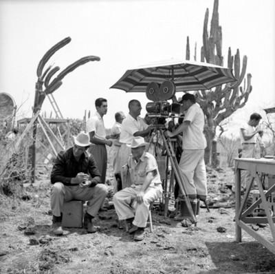 Camarógrafos en locación durante filmación de película