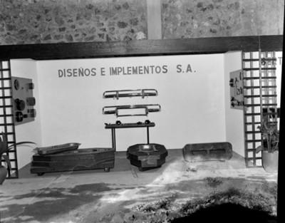 Refacciones automotríces expuestas en planta Nissan Mexicana