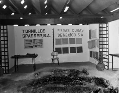 """Exposición de tornillos """"spasser"""" en planta Nissan Mexicana"""