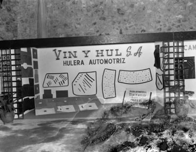 """Exhibición de productos de hule """"Vin y Hul"""" en planta Nissan Mexicana"""