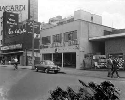 "Agencia ""DINA AUTOMOTRÍZ RENAULT S.A. ""fachada"