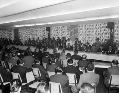 Hombres en la Convención de la ANDA