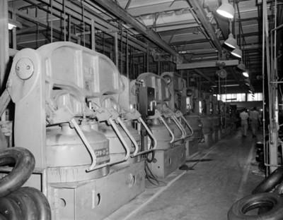 Maquinaria industrial, vista parcial