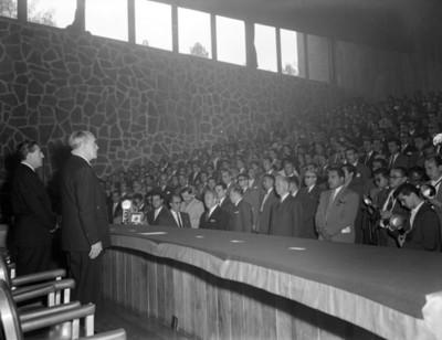 Adolfo Ruíz Cortines durante IV Congreso Nacional de Ingenieria Civil