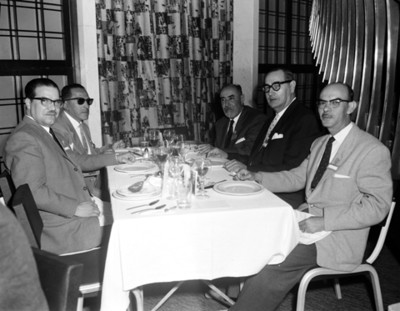 Empresarios en evento de la XII Convención de la ANDA, retrato de grupo