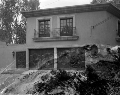 Casa ubicada en callejón San Antonio esquina con Gómez Farías
