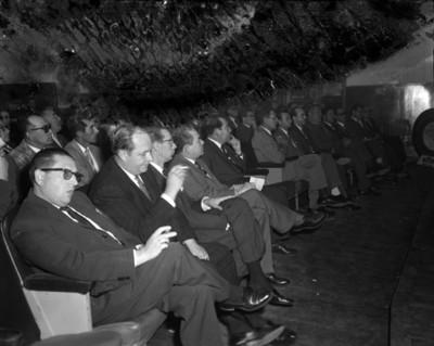 Hombres durante Convención Goodrich Euzkadi