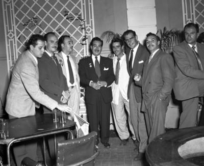 Ignacio Martínez FDurán y Hombres, retrato de grupo