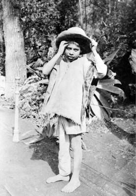 Niño en harapos, retrato