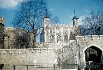 Torre de Londres, vista posterior del complejo constructivo