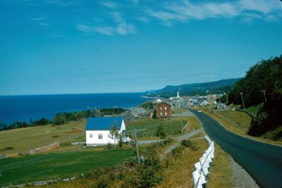 Casas a la orilla del mar, vista parcial