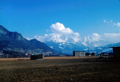 Chamonix, bajo el Mont-Blanc, panorama