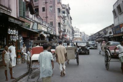 Vida cotidiana en una calle de Calcuta