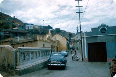 Vida cotidiana en una calle de