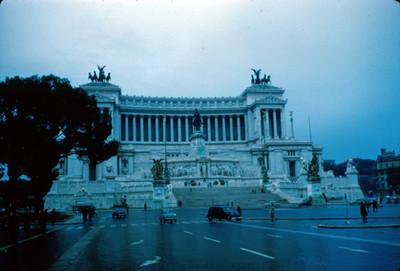 Monumento a Vittorio Emanuele II con la tumba del Soldado desconocido
