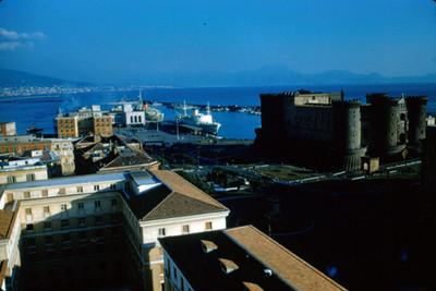 Vista del Castillo Nuovo o Maschio Angioino