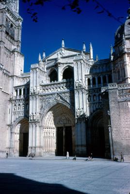 Puerta del Perdon de la Catedral de Toledo. vista general