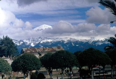 Popocatepetl, vista desde un poblado