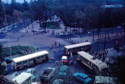 Autotransportes con pints en apoyo al movimiento estudiantil