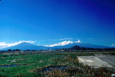 Volcanes Popocatepetl e Iztaccihuatl, panorámica
