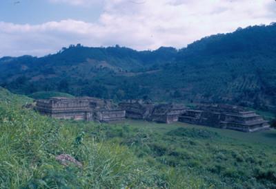 Parte del Tajin Chico, Edificio A, Edifico B y parte del C