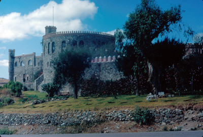 Parte posterior del Hotel Castillo Santa Cecilia