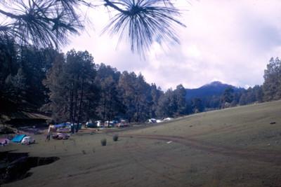 Campamento en el