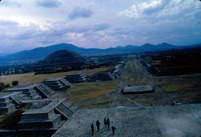 Teotihuacan, Plaza de la Luna y Calzada de los Muertos