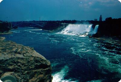 Vista de las Cataras y del rio Niagara