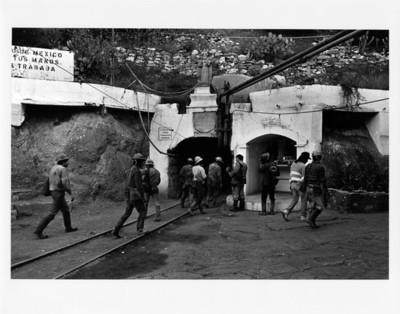 Tunel que conecta con el tiro Rayas