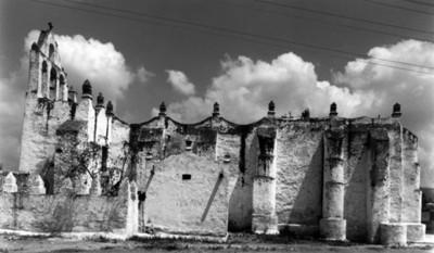 Iglesia de San Juan Bautista en Yolotepec, vista poniente