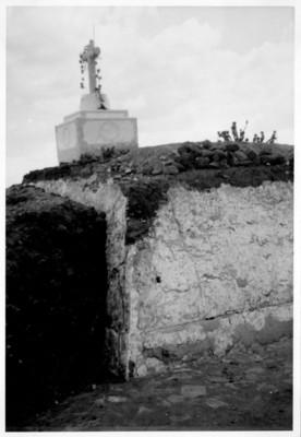 Ángulo N.E. de la pirámide de la primera época después de la exploración