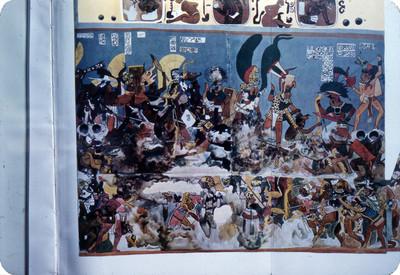 Mural de cuatro No. 2 este cuarto esta decorado con pinturas querepresentan una batalla, lamina