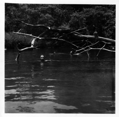 Dandose un baño en el río Lacanjá