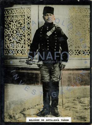 """""""Soldado de infantería turco"""" porta espada y trompeta, retrato"""