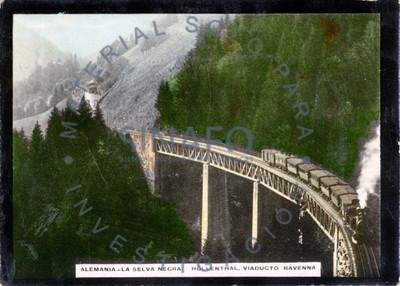 Alemania. La Selva Negra. Höllenthal. Viaducto Ravenna