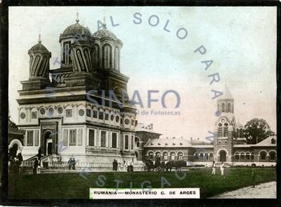 Rumania. Monasterio C. de Arges