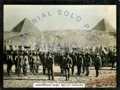 Campamento ingles en las pirámides de Egipto