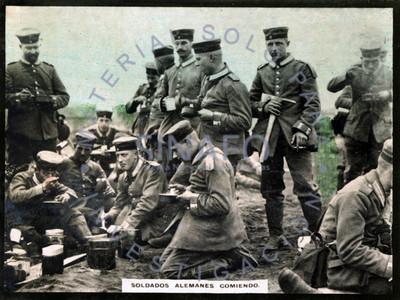 Soldados Alemanes comiendo