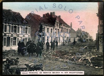 Calle principal de pervyse Bélgica al ser recuperado