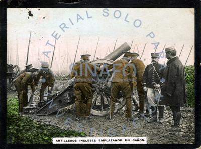 Artilleros ingleses emplazando un cañón