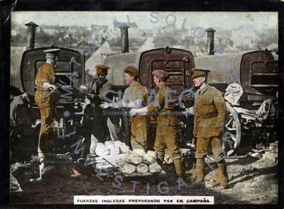 Fuerzas inglesas preparando pan en campaña