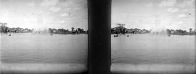 La fuente en el lago grande