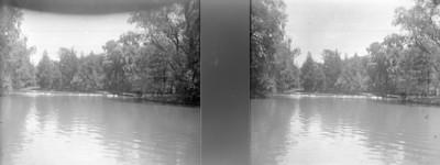 Lago chico visto hacia el fondo