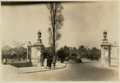 Detalle de una de las puertas de entrada al Bosque de Chapultepec