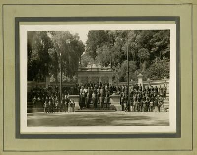 Ceremonia en la tribuna monumental del Bosque de Chapultepec