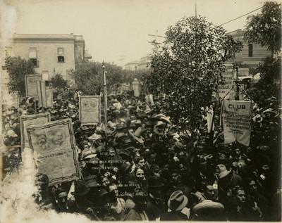 Demócratas en la residencia de Francisco I. Madero